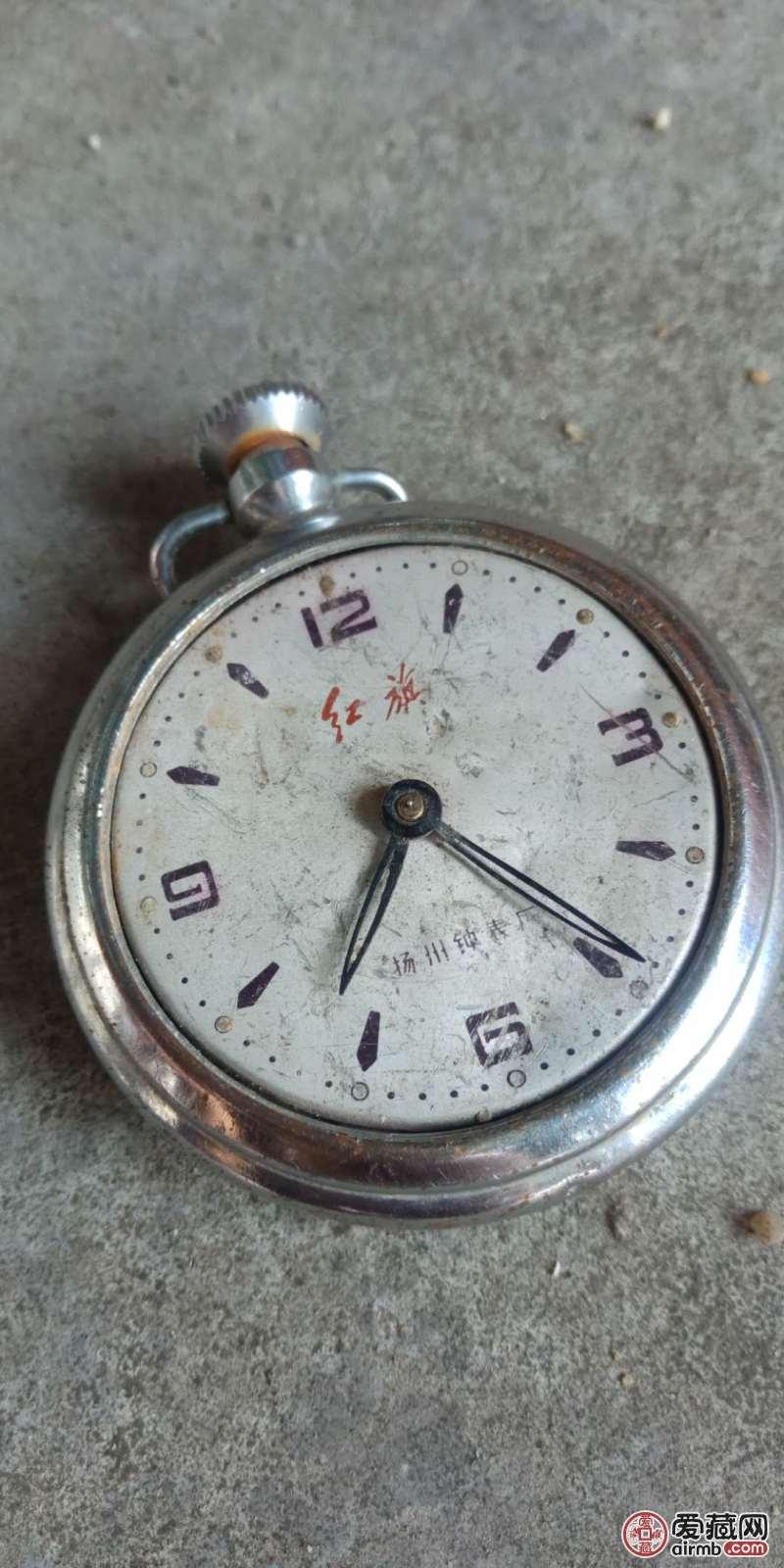 几十年前老机械表,直轻约
