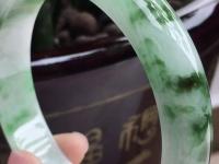 黄加绿翡翠手镯图片及价格