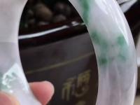 糯种绿底翡翠手镯价格