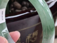 满绿色辣翡翠手镯价格正圈