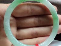 黄白绿三色翡翠手镯价格
