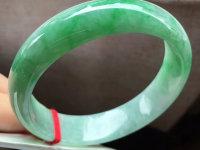 缅甸糯种翡翠手镯价格