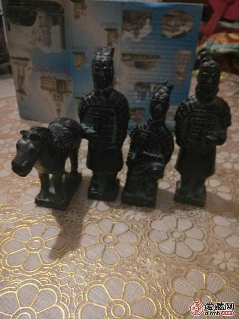兵马俑四件套,瓷器精灵活