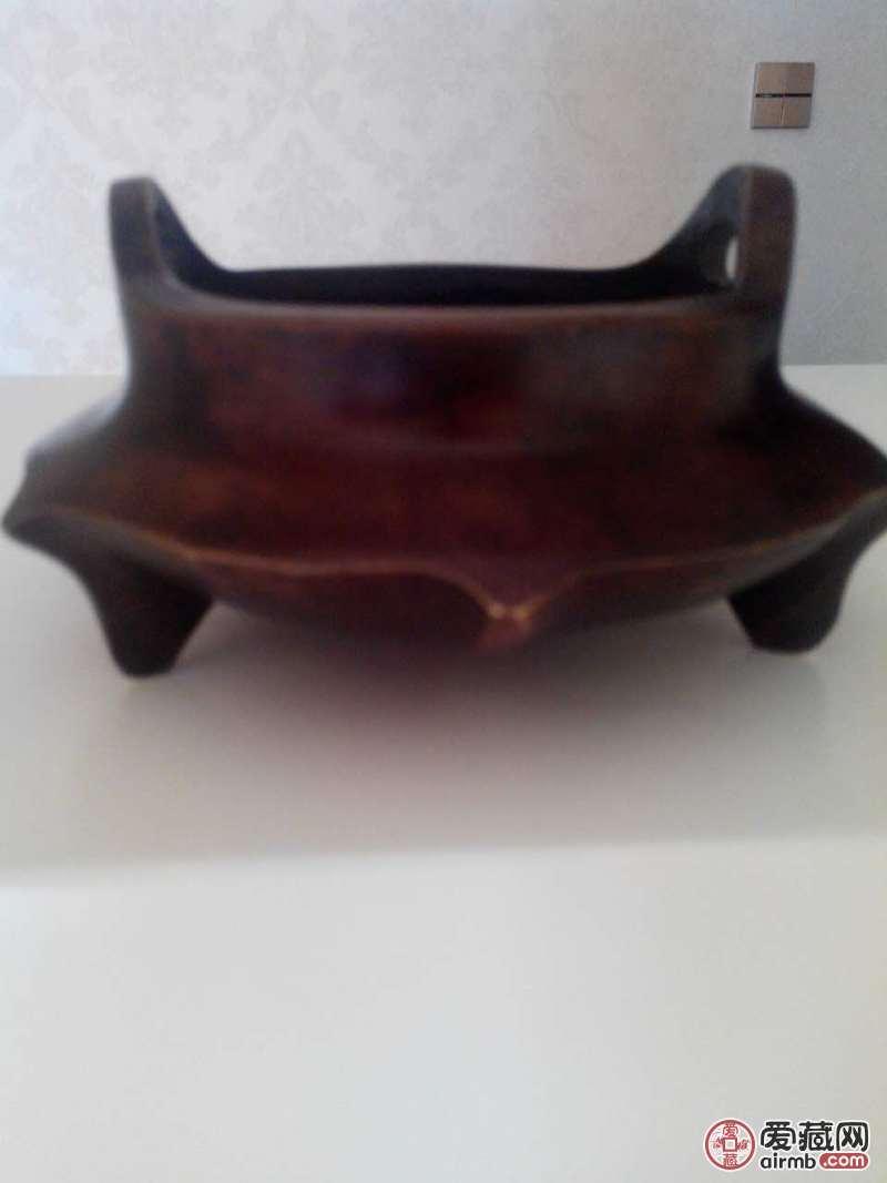 大明宣德年制款铜香炉,器