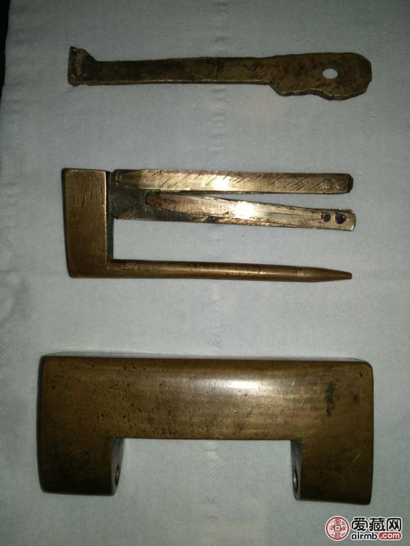 此铜锁为晚清年代。